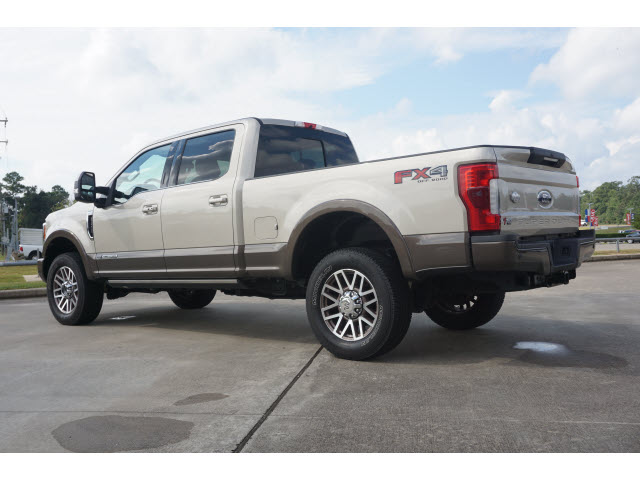 Pre-Owned 2017 Ford F-250 Super Duty KING RANCH